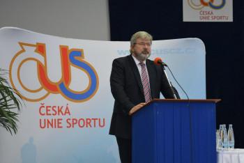 Česká unie sportu je v kontaktu se sportovními kluby a podporuje dotační projekt Kabina