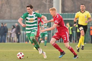 Podívejte se na 12 + 1 obrázků z Ďolíčku, kde klokani zase nedali gól ... Bohemians - Olomouc 0:1